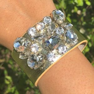 New Wrap Bracelet 18KGP Base Metals